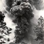 Volcán Paricutín en erupción (1943)