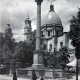 Monumento a la Independencia ( 1920-1940 ) - Celaya, Guanajuato