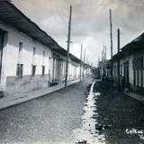 Calle de La Paz  ( 1930-1950 ) - Uruapan, Michoacán
