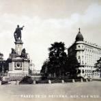 Mto. a Colon en el Paseo de La Reforma ( 1920-1940 )