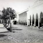 Portal Allende y Hotel Colon. ( 1900-1930 ) - Zamora, Michoacán
