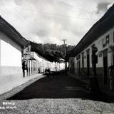 Calle Primera de Bravo . ( 1900-1930 ) - Tacámbaro, Michoacán