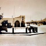 Jardin Palacio y Calle  ( 1930-1950 ) - Naco, Sonora
