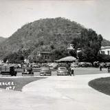 Escena de un Estacionamiento ( 1930-1950 )
