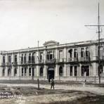 Escuela naval despues del Bombardeo de la Invacion Norteamericana 1914