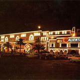 Hipódromo y Galgódromo de Agua Caliente, nocturna