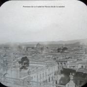 Panorama de La Ciudad de Mexico desde La catedral.