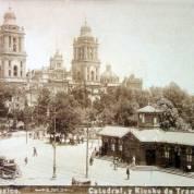 Catedral y Kiosko de Tranvias ( Fechada el dia 10 de Diciembre de 1903). - Ciudad de México, Distrito Federal
