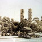 Templo y parque. - Reynosa, Tamaulipas