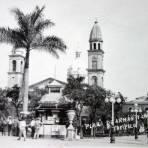 Plaza de armas y Catedral.