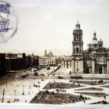 La Catedral y Monte de Piedad ( Fechada el 23 de Junio de 1930 ) .