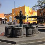 Fuente de piedra en el Barrio del Artista. Abril/2017