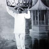 Tipos Mexicanos  vendedor de pan.