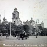 La Plaza de Armas y catedral ( Circulada el 8 de Agosto de 1907 ) .