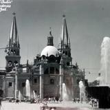 La Plaza de los Poderes.