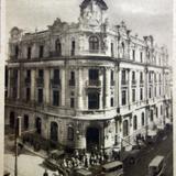 Banco de Londres Y Mexico Por el fotografo Hugo Brehme  ( Circulada 2 de Junio de 1927 ).