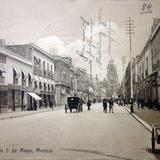 Avenida Cinco de Mayo ( Circulada el 12 de Abril de 1909 ).