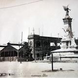 Estacion de Tranvias y Monumento a La Independencia.