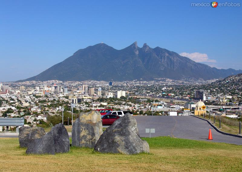 Monterrey y Cerro de la Silla