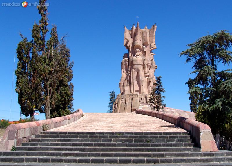 Monumento a los Insurgentes