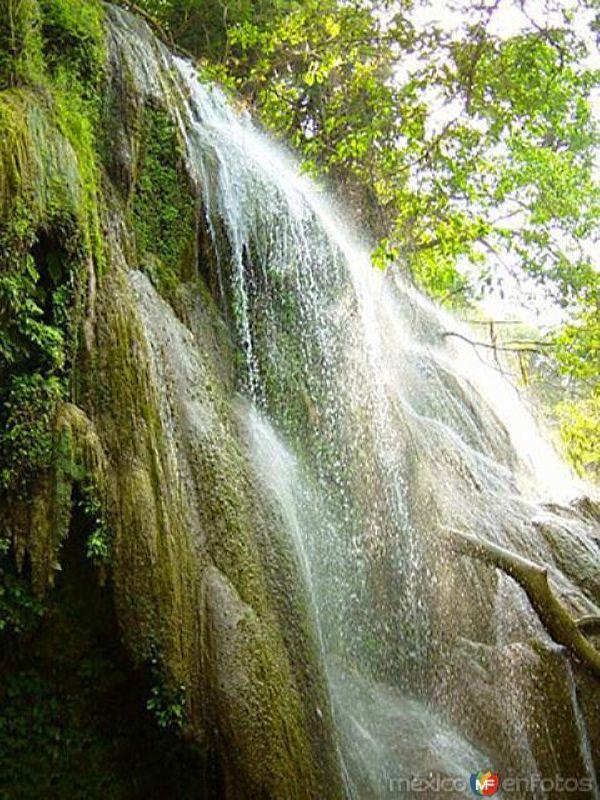 Cascadas de Micos