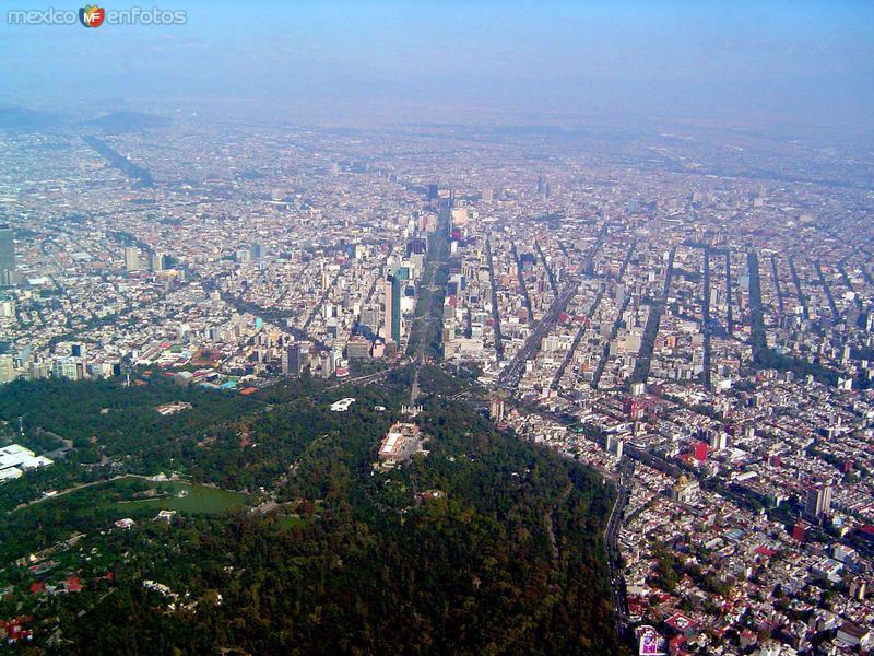 La Ciudad de México y el bosque de Chapultepec