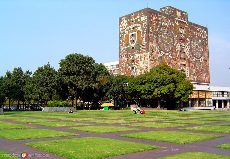 Biblioteca Central en Ciudad Universitaria