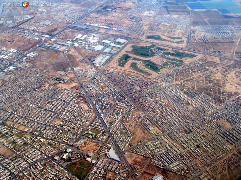 Vista aérea de la comarca lagunera (Torreón, Gómez Palacio, Lerdo)