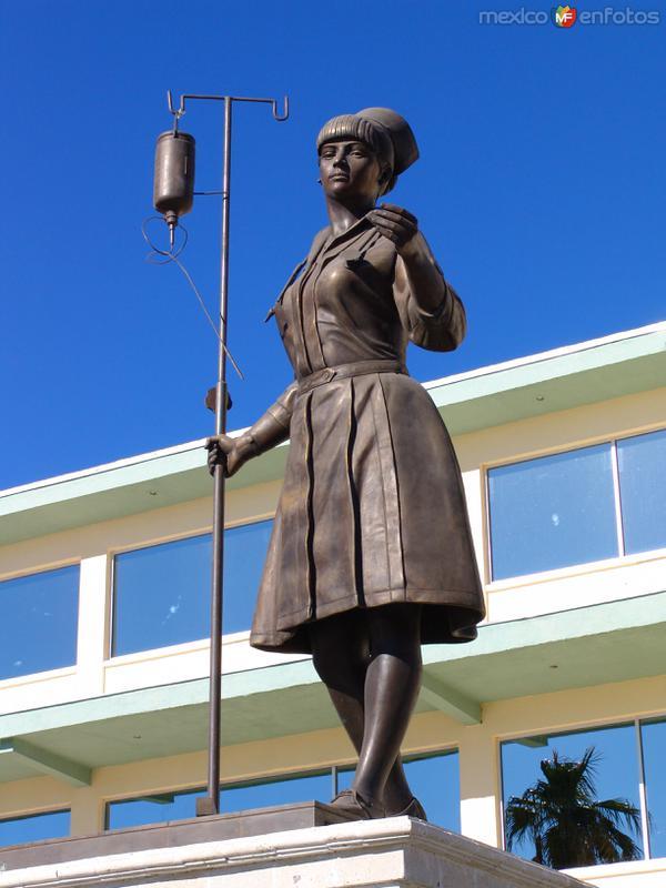 Monumento a la Enfermera
