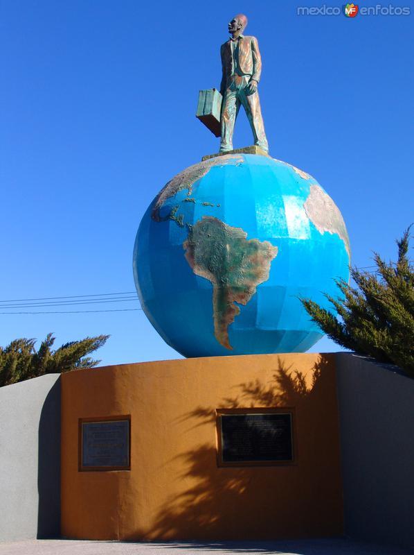 Monumento al Migrante Árabe