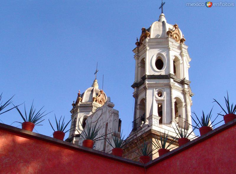 Torres del templo de la Soledad