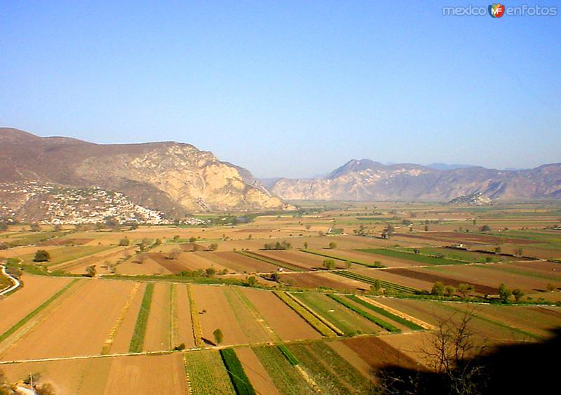 Campos agrícolas en el Valle del Mezquital
