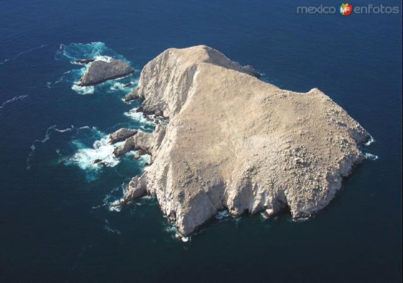 Isla en el Océano Pacífico