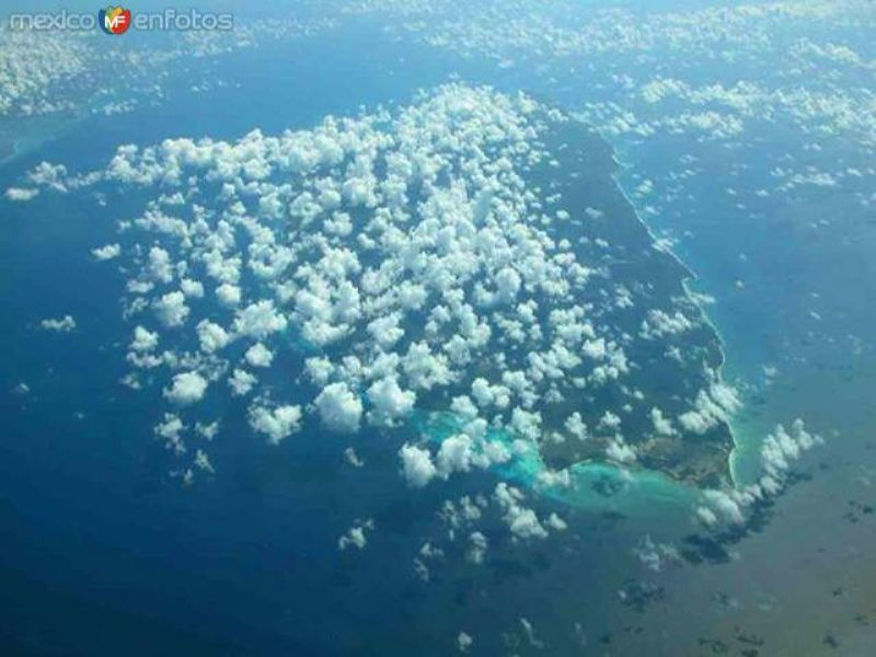 Vista aérea sobre la isla de Cozumel