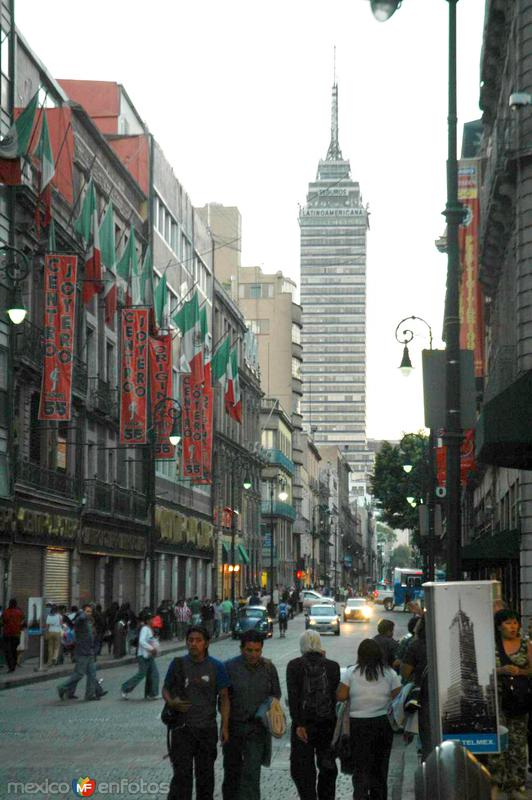 Calle Madero en el Centro Histórico