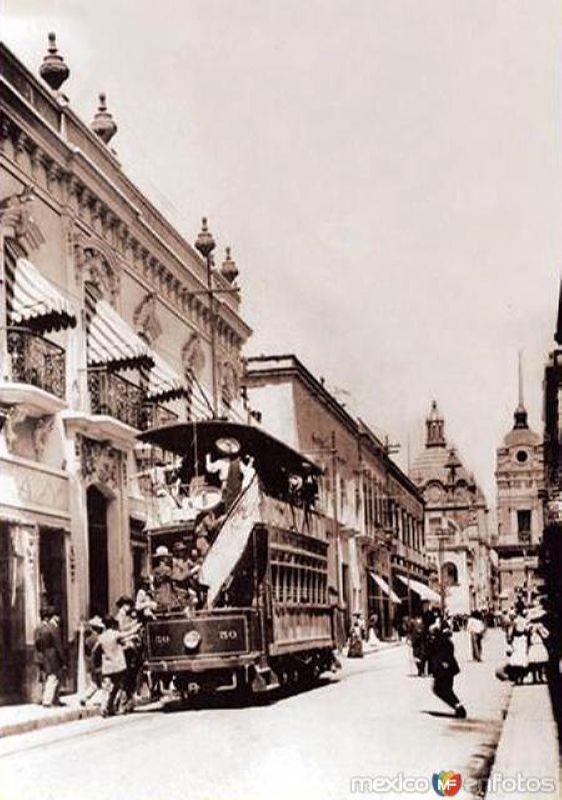 Tranvía en Avenida Corona (1924)