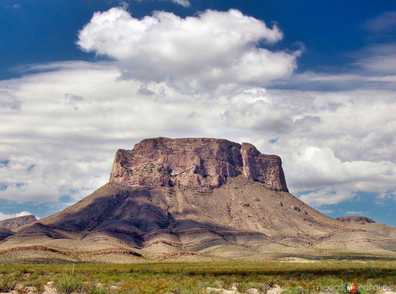 Cerro Banco del Lucero