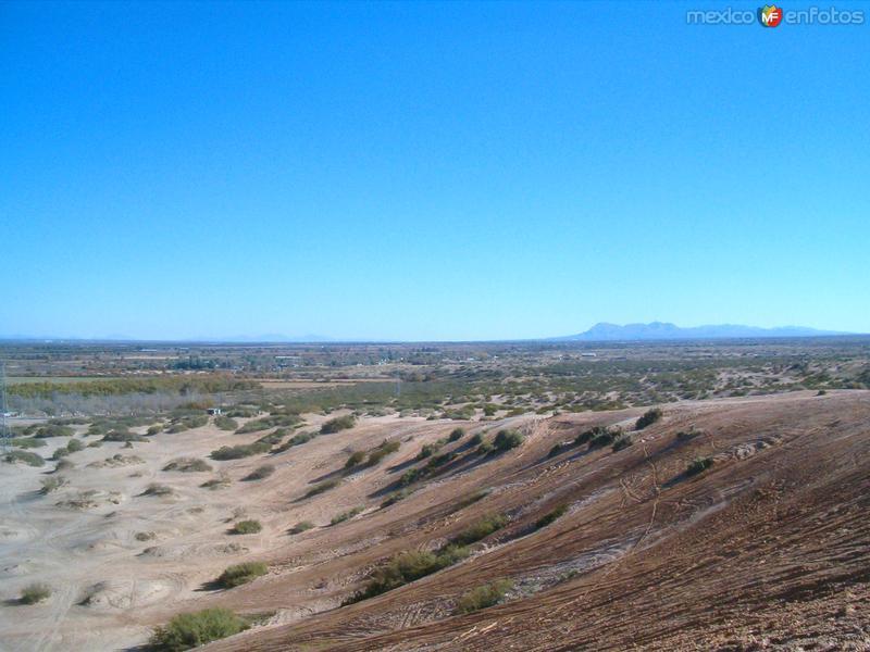 Vista del Valle de Juárez desde los Arenales