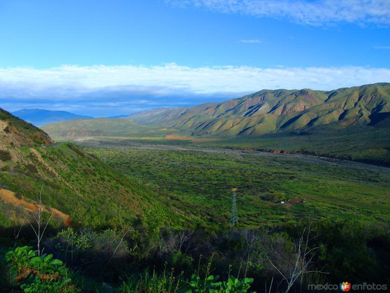 Hermosa vista de un valle, desde la Carretera Transpeninsular (Mex-1)