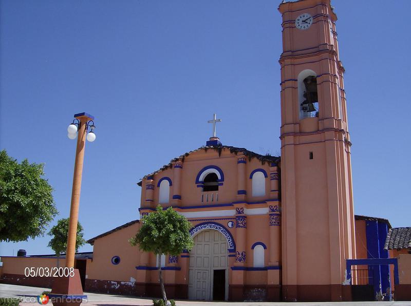 naupan, iglesia