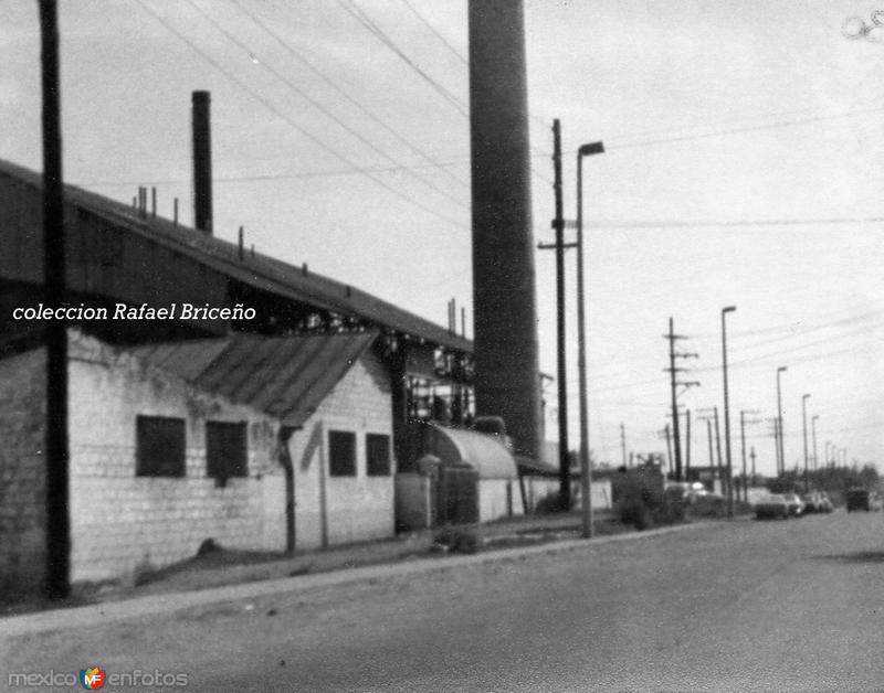 """Planta de luz """"Andonegui"""" en Gral.San Martin y Magiscatzin en 1978"""