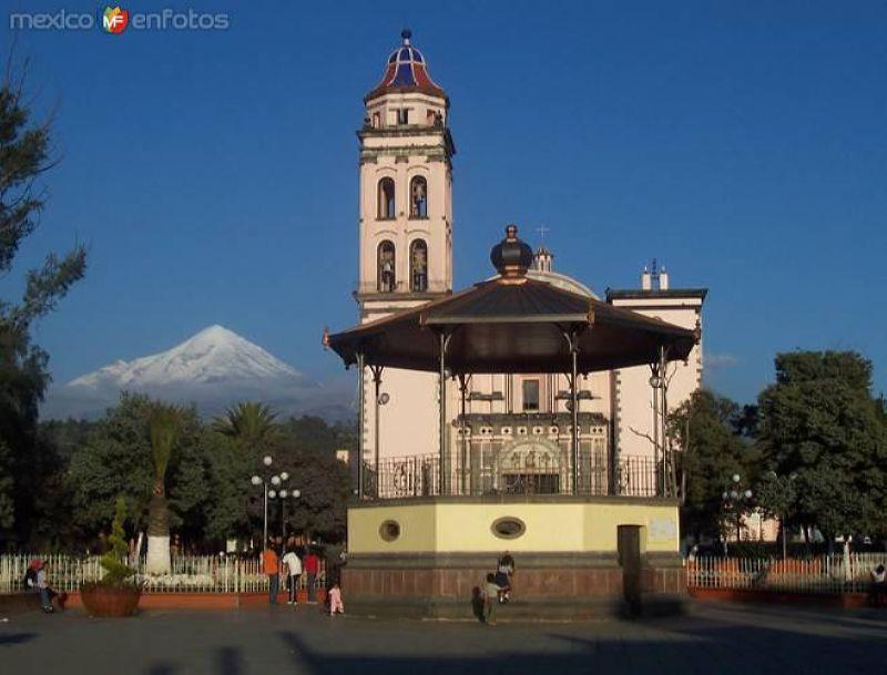 Kiosko y Templo de San Andrés