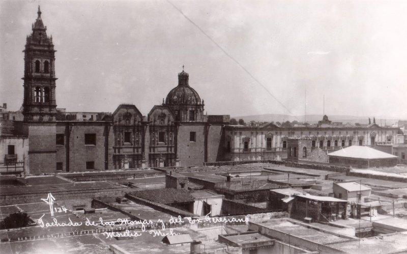 Fachada de Las Monjas y del Ex Teresiano