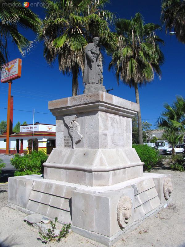 Monumento a los misioneros evangelizadores