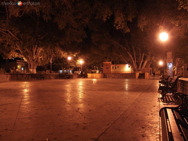 Plaza principal de San Ignacio