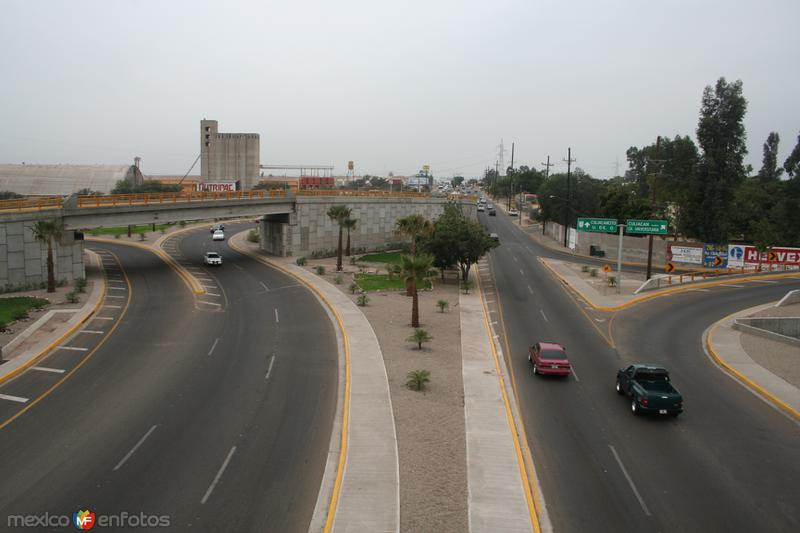 Distribuidor Vial Salida Norte Culiacán, Sinaloa.