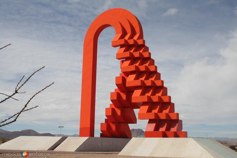 La Puerta del Estado mas Grande