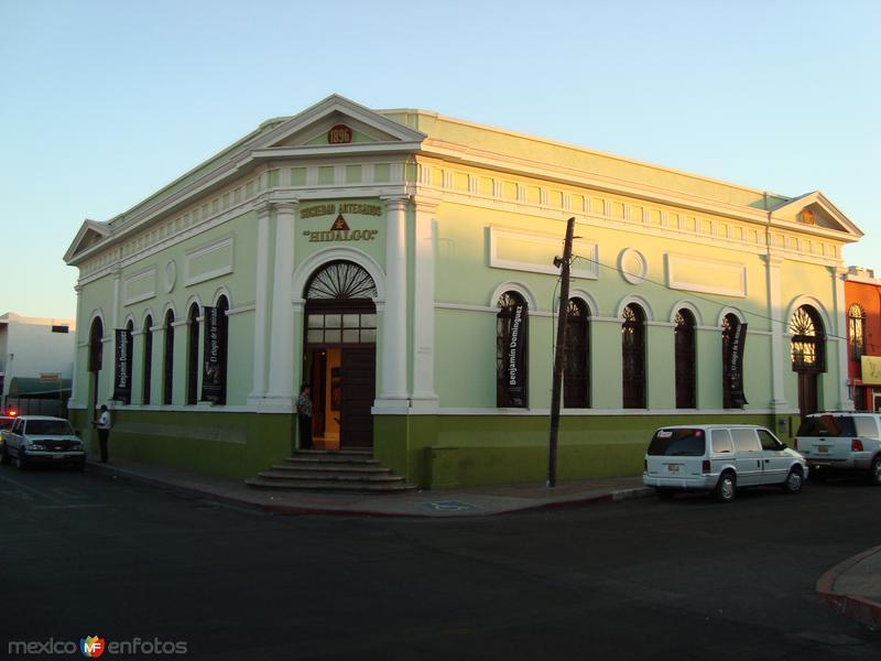 Sociedad de Artesanos Hidalgo