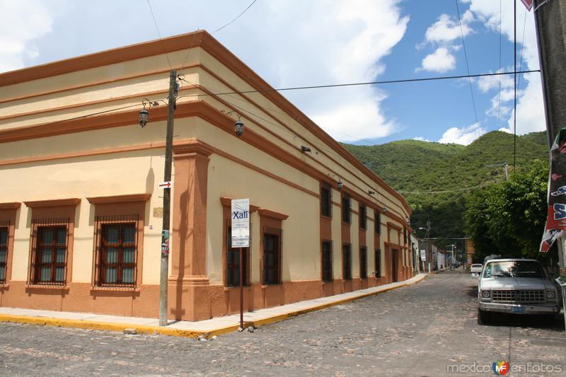 La Casona por la calle Morelia