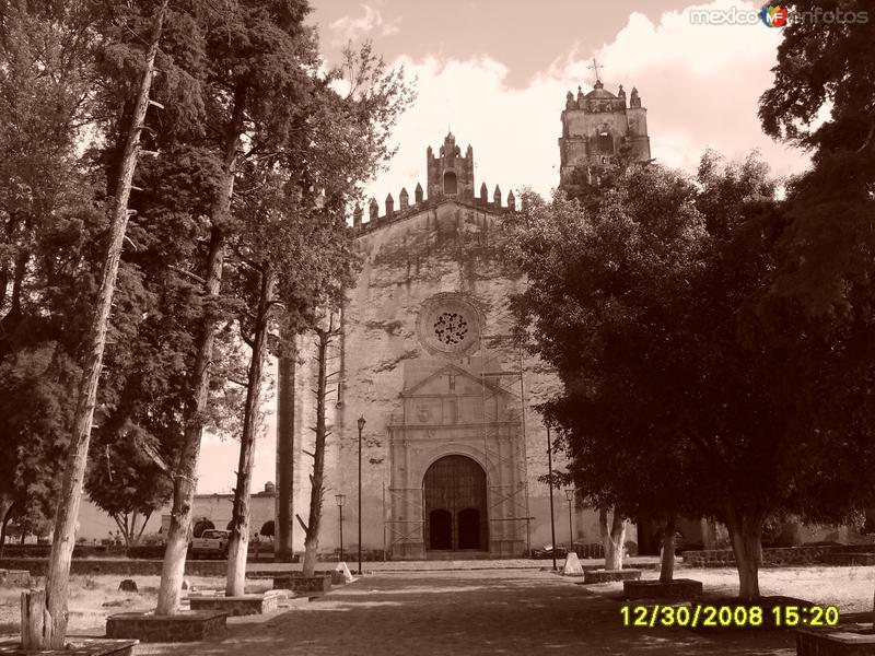 Atrio de Parroquia San Santiago, Telela del Volcan, Morelos